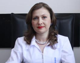 Armenian Woman Is Menstruating 111