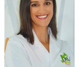 Dra. Ana Victoria Neily,