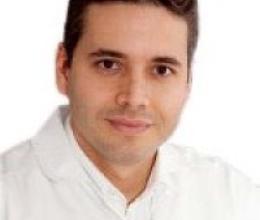 Dr. Juan Luis Giraldo, Fertility Specialist