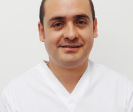 D.D.S. Alejandro Barragán Sánchez, Oral Surgeon Diploma / Implant Maxicurses Diploma / Oral Surgery and Implants Specialist