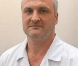 Yevgeniy Savelichev, MD, Urologist