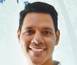 Dr. Alejandro Amaíz Flores,