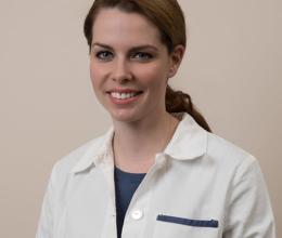Dr. Katalin Csurgay, Oral surgery, Implantology