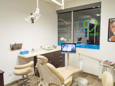 I Love My Dentist Clinic, Tijuana, Mexico